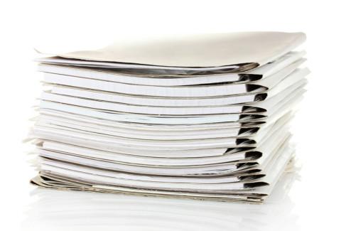 Decyzje administracyjne, stos dokumentów jako metafora